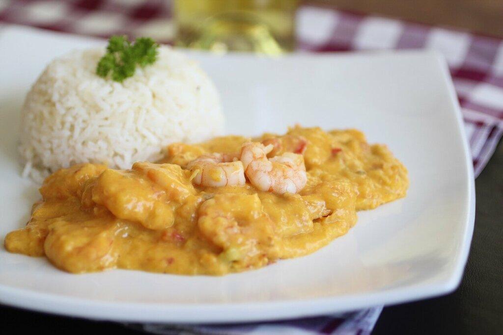 prato de bobó de camarão com arroz